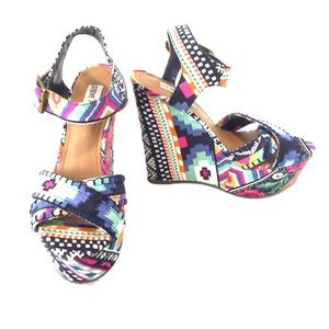 Steve Madden blue pink platform wedge sandals, 6.5